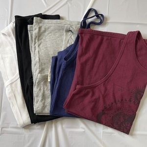 Size Small tank top bundle. 5 ladies tank tops. S